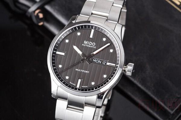 使用半年的3000多的手表回收多少钱