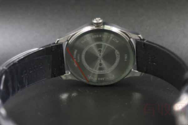 外表有划痕的古驰手表能回收吗