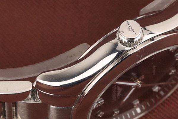 带钻的浪琴手表回收多少钱