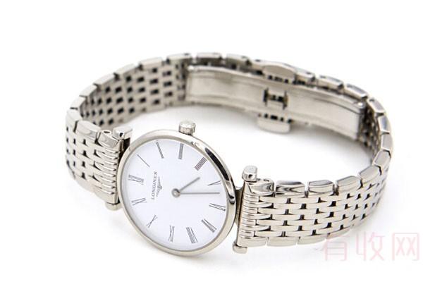 哪里回收女士浪琴手表不需要保修卡